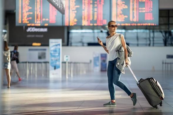 Assistenza pratiche rimborso volo cancellato annullato indennizzo risarcimento ritardi partenze viaggi